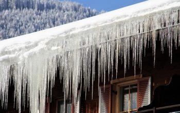 Frozen roof gutter