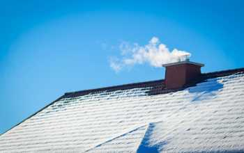 Roof collecting snow