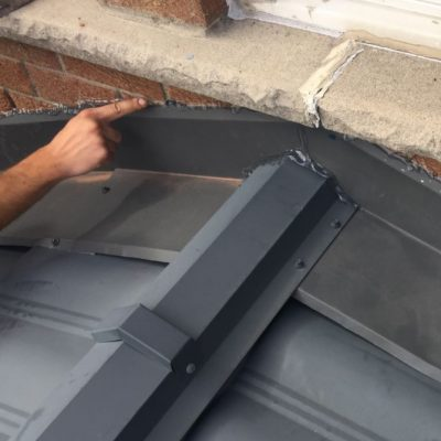 Silicone Sealing Metal Roof