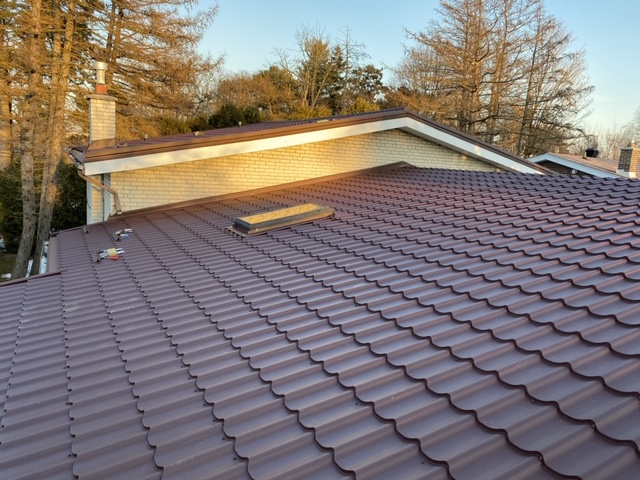Amazing Brown Metal Roof on Residential Home